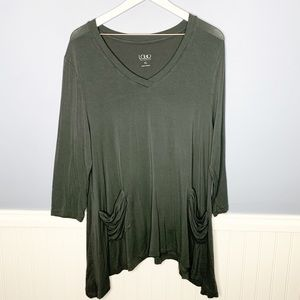 LOGO V neck pocket asymmetrical tunic